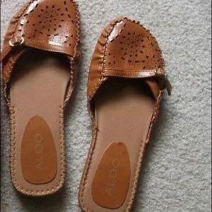 Women's size 6 Aldo shoes